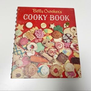 Vtg Betty Crocker Cooky Cookbook 1st Edition 1963